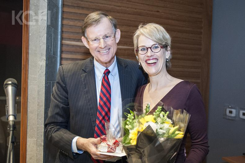 Scott Carson, Chair of the KGH Board of Directors presents Leslee Thompson with a small token of appreciation.