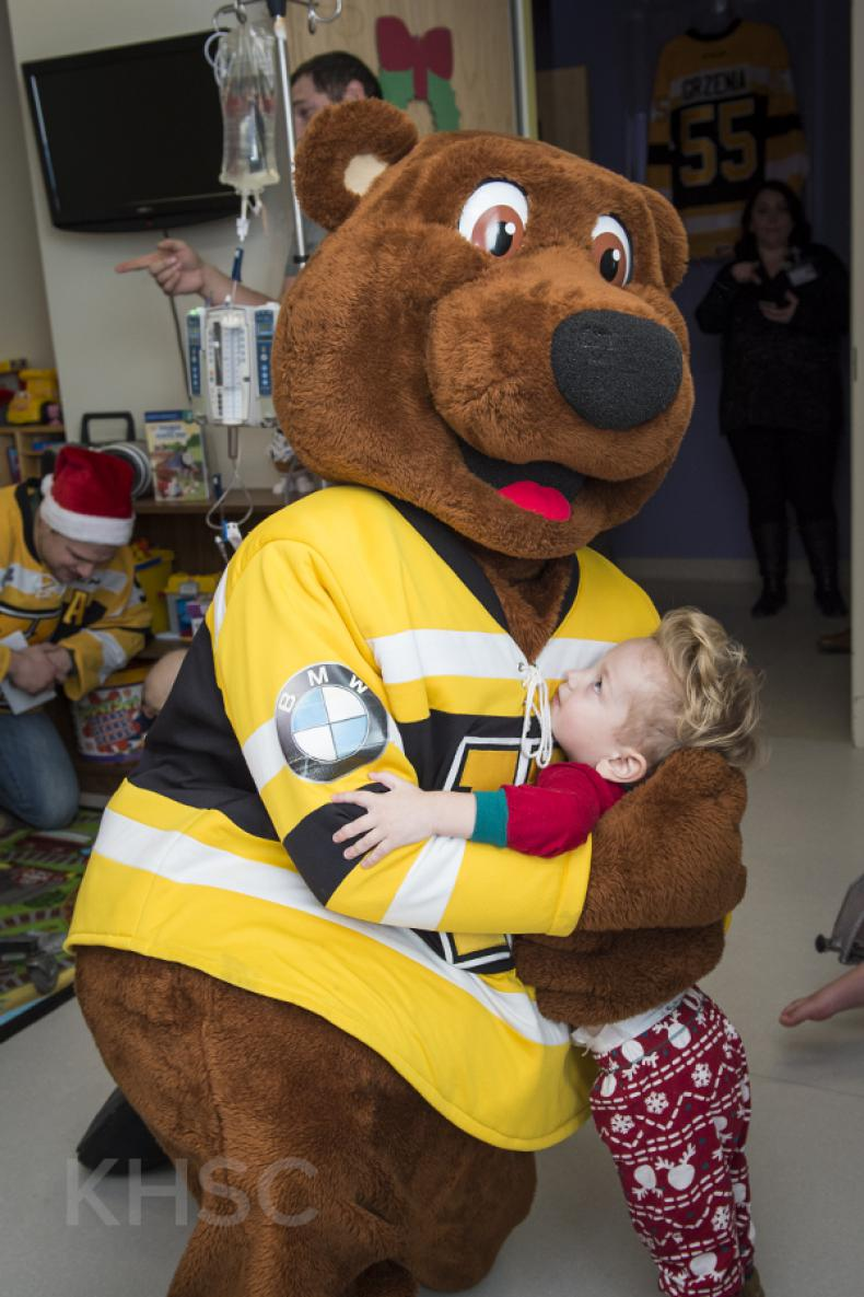 The Kingston Frontenacs bring smiles to the faces of pediatrics patients at KHSC