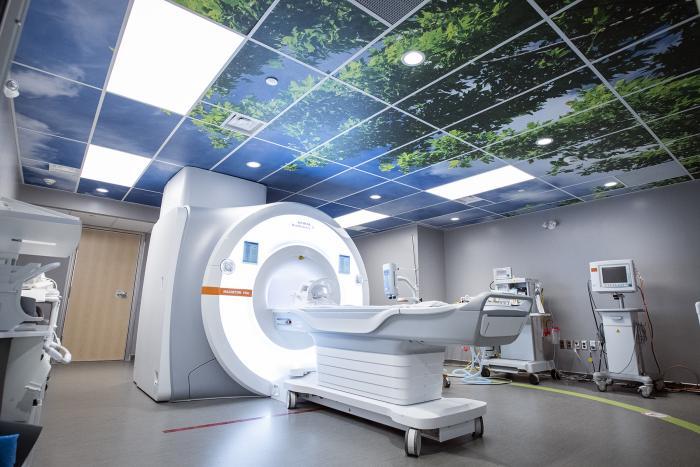 MRI at KGH site