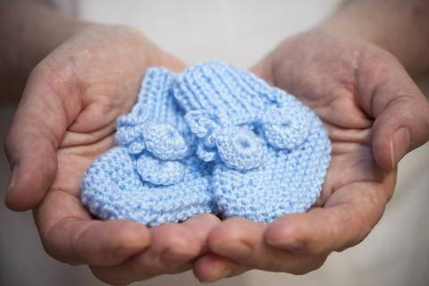 Along with a generous financial donation, members of the Sandra Schmirler Foundation brought a number of hand-knit booties and hats for premature babies in our NICU.