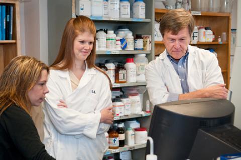 Bleeding disorder experts win award