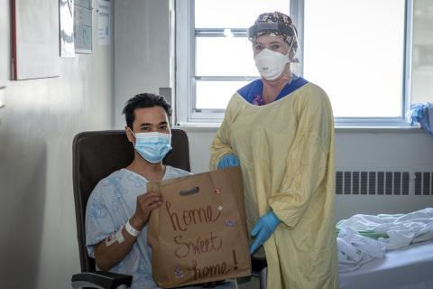 COVID patient receiving a gift bag