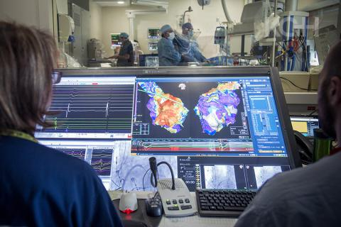 Dr. Ben Glover uses KGH's new Ensite Precision cardiac mapping system during a cardiac ablation procedure in our electrophysiology laboratory.