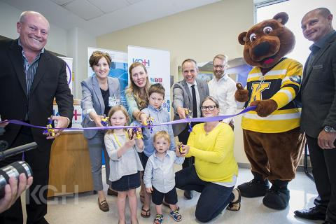 Smilezone ribbon cutting at KGH.