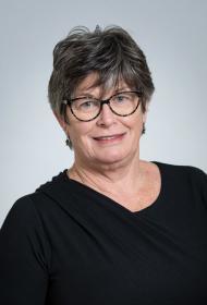 portrait of Cheryl Doornekamp