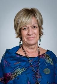 portrait of Brenda Hunter