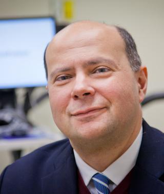 Dr. Alberto Neder