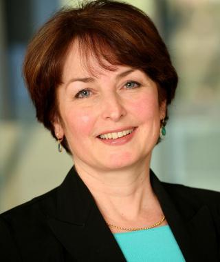 Dr. Elizabeth Eisenhauer
