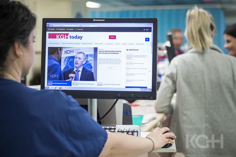 a staff member uses the new Intranet in a clinical area of the hospital.